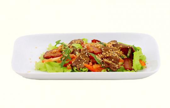 Салат с говядиной теплый